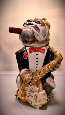 Bulldog with Sax